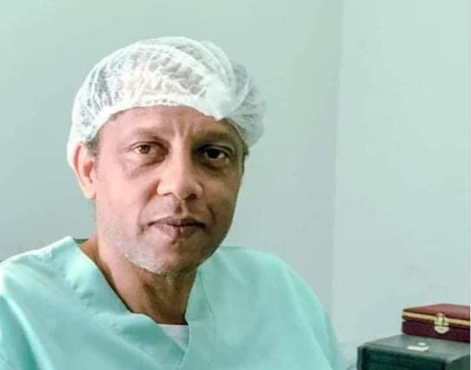 الدكتور عبدالمنعم الثني الغدامسي- صورة إرشيفية