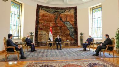 """صورة الملف الليبي على طاولة لقاء يجمع """"عقيلة وحفتر والسيسي"""""""