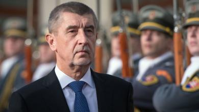 صورة رئيس وزراء التشيك يدعو لإعادة المهاجرين إلى بلدانهم