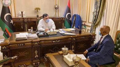 صورة الأمين يحيط الرئاسي بمستجدات تشغيل العاطلين عن العمل