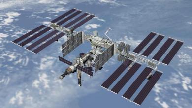 """صورة تحذير من """"اصطدام وشيك"""" بين محطة فضاء وقمر صناعي"""