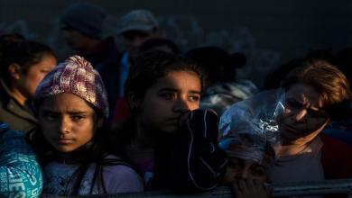 """صورة بذريعة مكافحة كورونا.. """"ترامب"""" يطرد 8800 طفل مهاجر"""