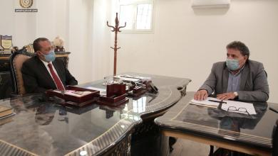 صورة الحكومة الليبية تطلع على سير عمل وزارة الصحة لمكافحة كورونا