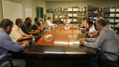 صورة مدير عام الشركة العامة للكهرباء يقوم بزيارة ميدانية لمحطة الخمس