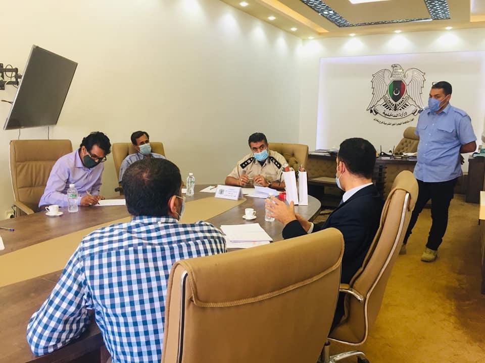 اللجنة الدولية للصليب الأحمر بعثة ليبيا في لقاء مع جهاز مكافحة الهجرة غير القانونية بنغازي