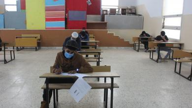 """صورة شحات.. بدء امتحانات الشهادة الثانوية وسط إجراءات مشددة للوقاية من """"كورونا"""""""