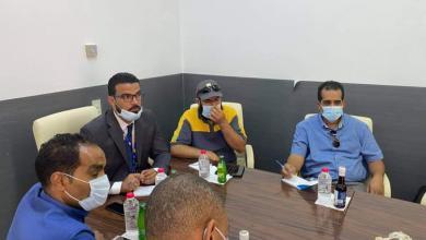 صورة وفد من شركة مليتة يجري زيارة لمستشفى غدامس العام