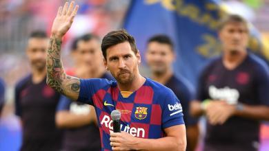 صورة ليونيل ميسي ينهي الجدل ويعلن بقاءه في برشلونة الموسم المقبل