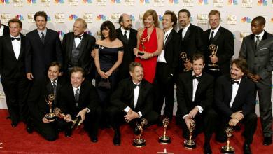 """صورة أهم جوائز """"إيمي"""" التلفزيونية تذهب إلى """"ساكسيشن"""" و""""ووتشمن"""" و""""شيتس كريك"""""""