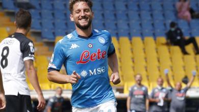 صورة نابولي يفتتح مشواره في الدوري بثنائية أمام بارما