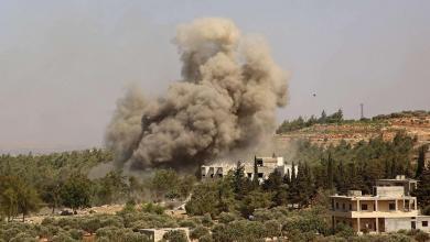 صورة تصعيد عسكري جديد في إدلب.. قصف وغارات عنيفة
