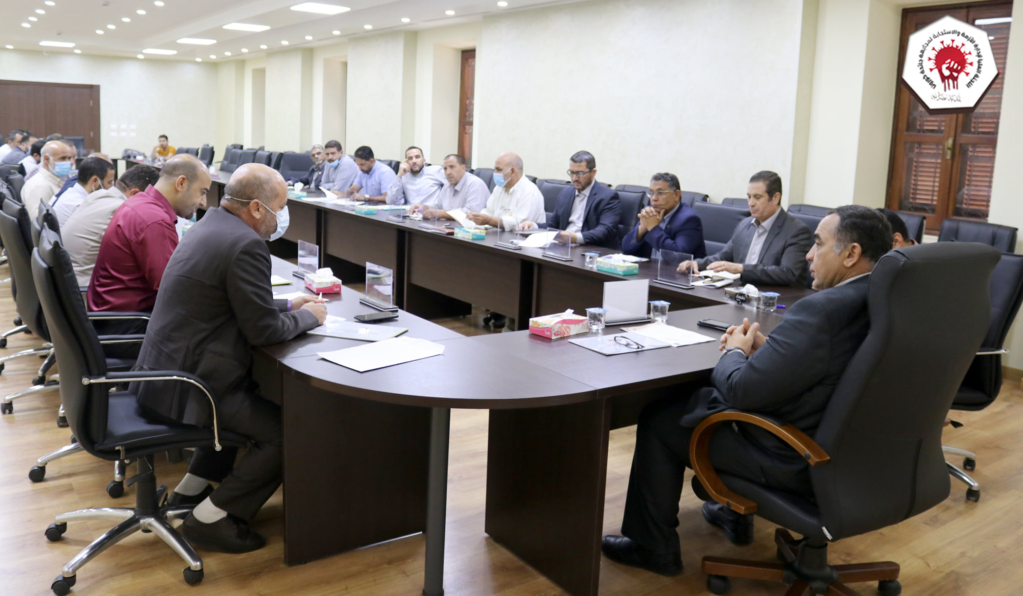 اجتماع اللجنة العليا لمجابهة جائحة كورونا ببلدية مصراتة مع المجلس البلدي مصراتة
