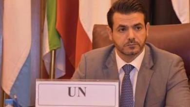 """صورة الناطق باسم البعثة ينفي لـ218 مزاعم عدم توقيع حفتر على """"اتفاق جنيف"""""""