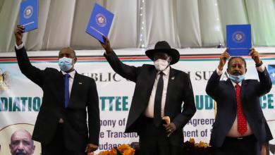 صورة مدن جنوب السودان تحتفل باتفاق السلام بين الحكومة والمتمردين