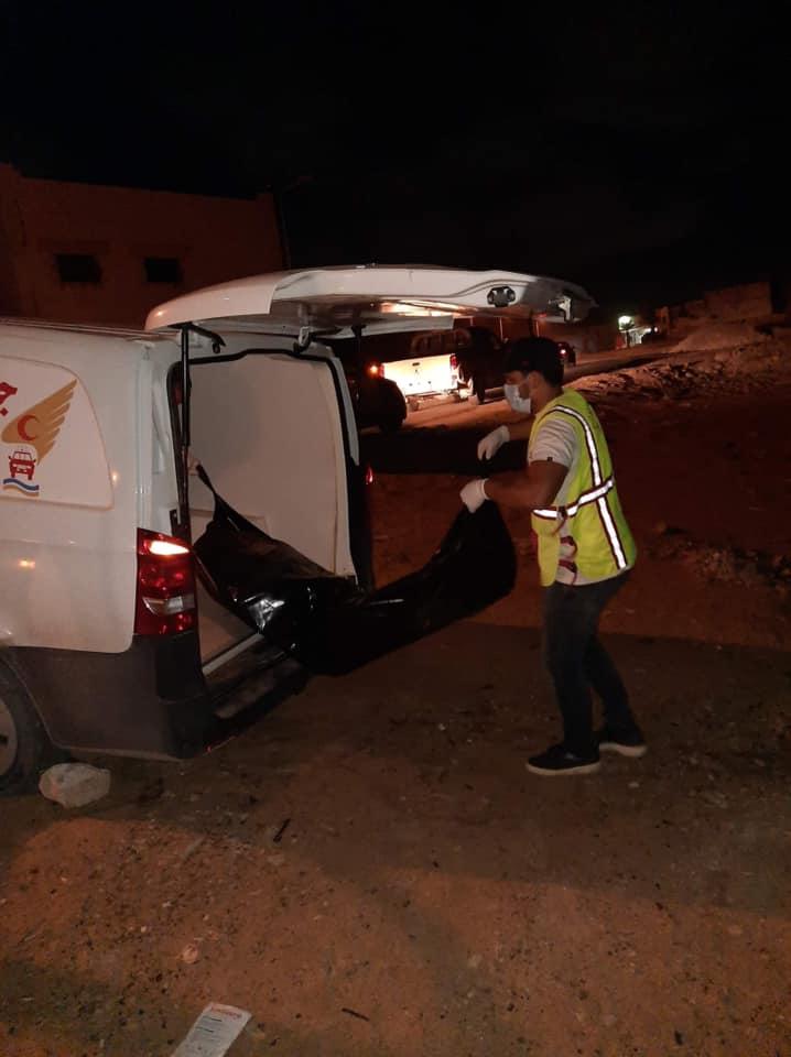 طرابلس.. انتشال جثة مهاجر غير قانوني على شاطىء أبونواس