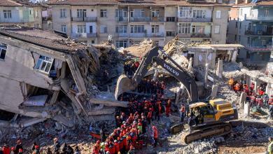 صورة ارتفاع ضحايا زلزال تركيا إلى 20 قتيلا و786 مصاباً