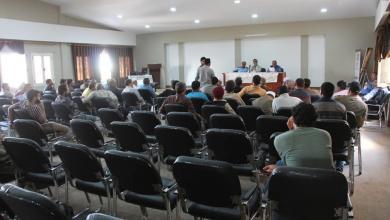 صورة اجتماع موسع في طبرق بين أصحاب المخابز والحرس البلدي