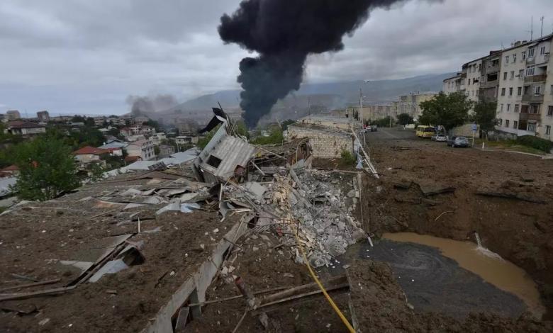 """صورة تصعيد عسكري """"يجهض"""" الهدنة الإنسانية في """"قره باغ"""""""