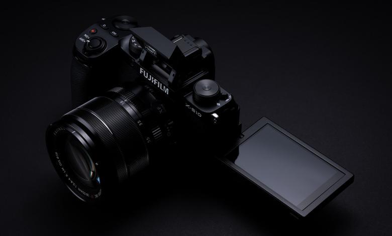صورة Fujifilm تطلق كاميرا بتصميم مميز ودون مرآة داخلية