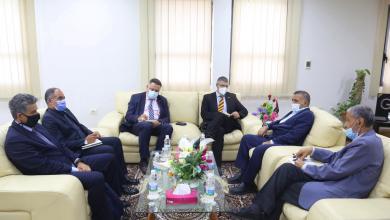 صورة الفلاح يستقبل سفير الاتحاد الأوروبي ويبحث معه ملف الكهرباء في ليبيا