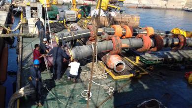 صورة شركة الزاوية لتكرير النفط تجري صيانة دورية لمينائها
