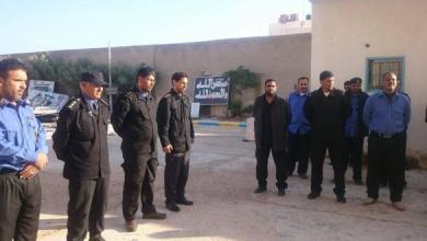 """صورة طبرق.. الحرس البلدي يصادر """"مواد طبية"""" فاسدة"""