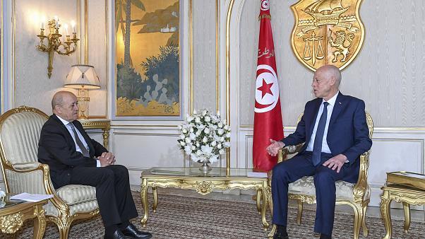 صورة توافق فرنسي تونسي على حل الأزمة الليبية دون تدخلات خارجية