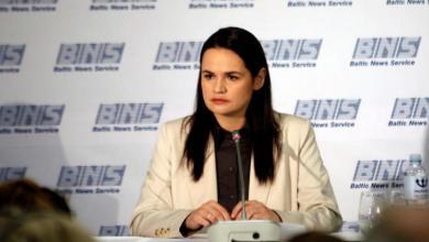 صورة زعيمة المعارضة في روسيا البيضاء تطالب بوقف العنف ضد المحتجين