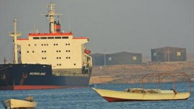 صورة ميناء طبرق يُصدّر 2000 طن من الخردة ويستقبل شحنتي إسمنت
