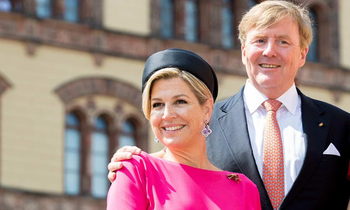 """ملكة هولندا فيليم إلكسندر وزوجته الملكة ماكسيما -""""أرشيفية"""""""