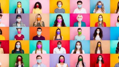 """صورة في اليوم العالمي للصحة النفسية: إحصائيات كورونا في """"قفص الاتهام"""""""