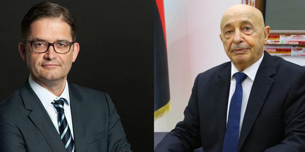 اتصال هاتفي بين رئيس البرلمان عقيلة صالح والسفير الألماني لدى ليبيا أوليفر أوفيتشا