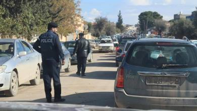 لجنة مشتركة بين المرور والنجدة والحرس البلدي لتأمين الطريق العام في مسلاتة
