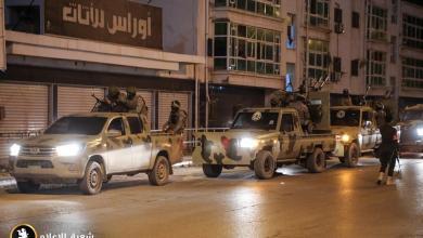 مساندة عسكرية لمديرية الأمن في بنغازي أثناء مداهمة أوكار الجريمة